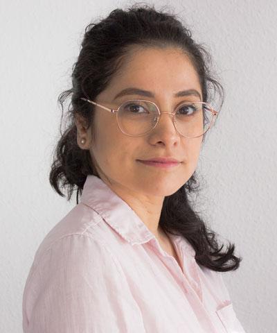 MSc Centurión Carrera, Alejandra