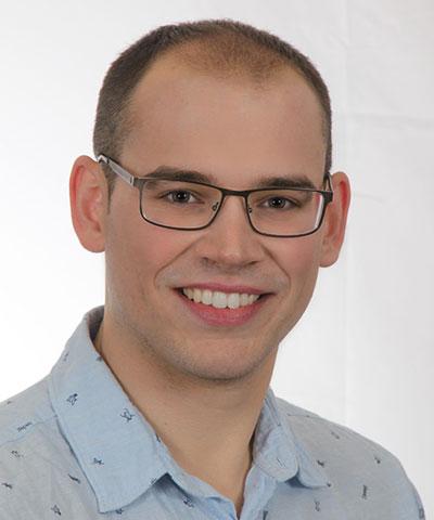Dr. Herrera Russert, José